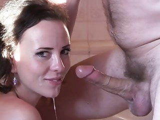blowjob xxx brunette tube